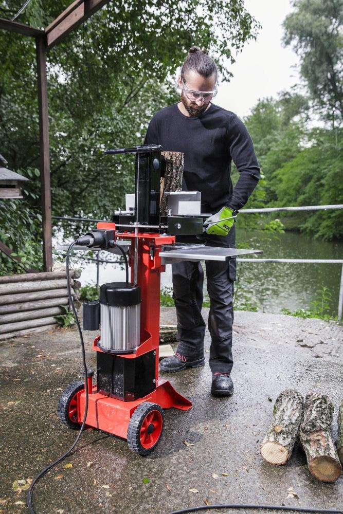 AL-KO LSV 550/6 štípač dřeva + sestavení + příprava k provozu + servis EXTRA